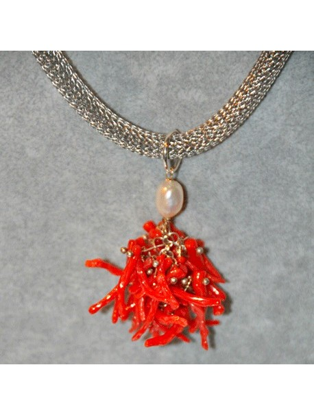 Necklace with coral pendant Metal&Gemmes